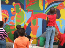 Students wall-painting